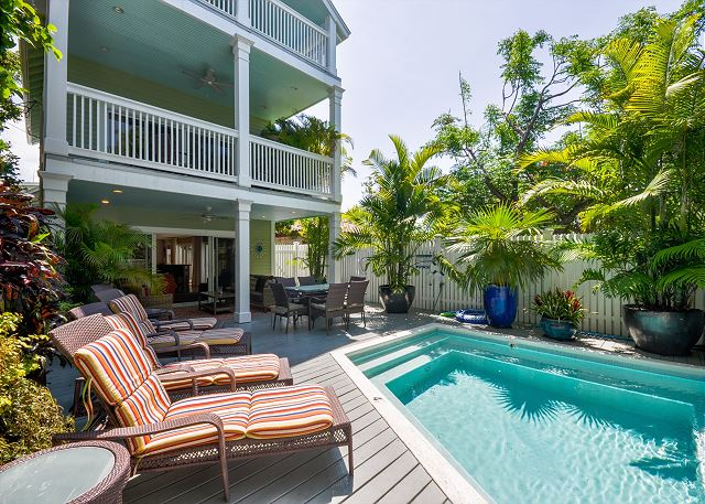 Key West Luxury vacation home on Duval with 5 bedrooms and lots of amenities