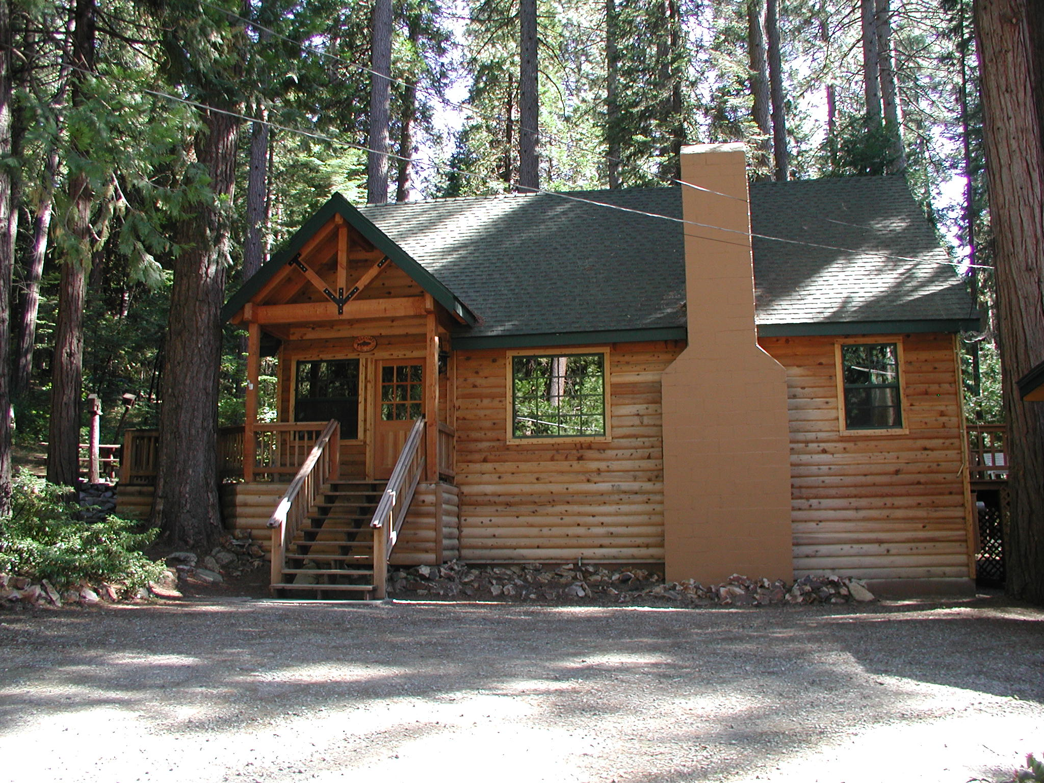 Vacation cabin 19 pinecrest 16733 find rentals for Getaway cottage