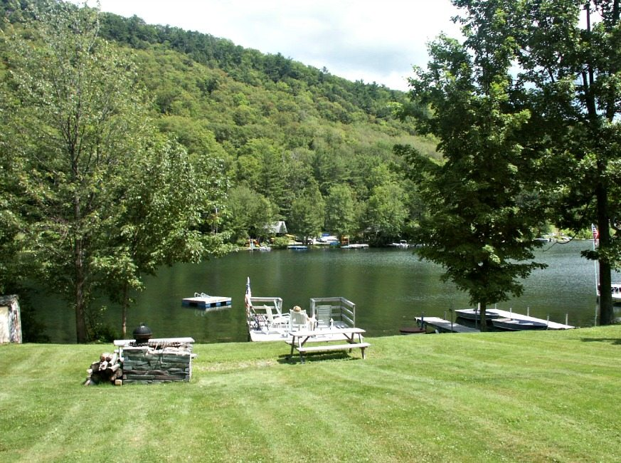 FR-485 Cones Point Rd – Cottage #2-Lake St. Catherine-Vermont-07