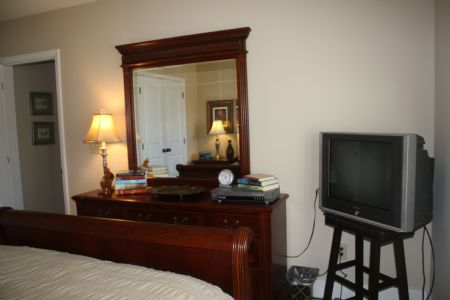 Guest Bedroom (TV with DVD player only)