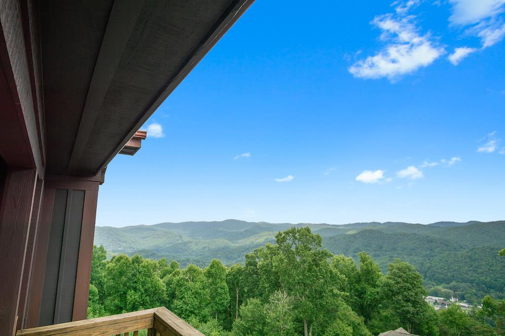 Mountain View from Deck Area