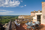 Tuscany 3 bedroom villa rental in Italy Professionally managed by Parker Villas