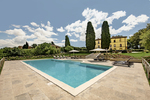 Italy 7 bedroom vacation home with luxuries your group will enjoy