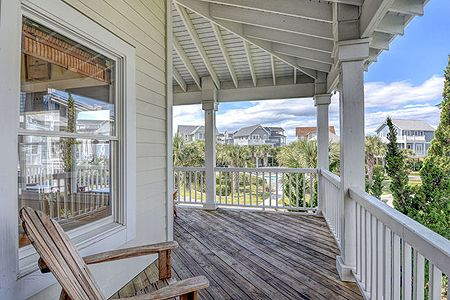 Covered Porch / Deck