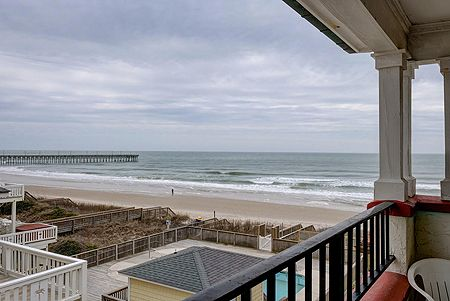 Oceanside Balcony - Great Views
