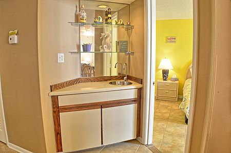 Wet Bar next to the Master Bedroom