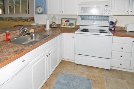 Kitchen fully equipped for basic meal preparation
