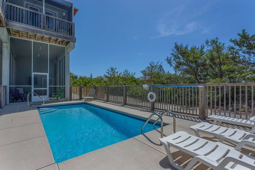 Private Pool with Screened Porch