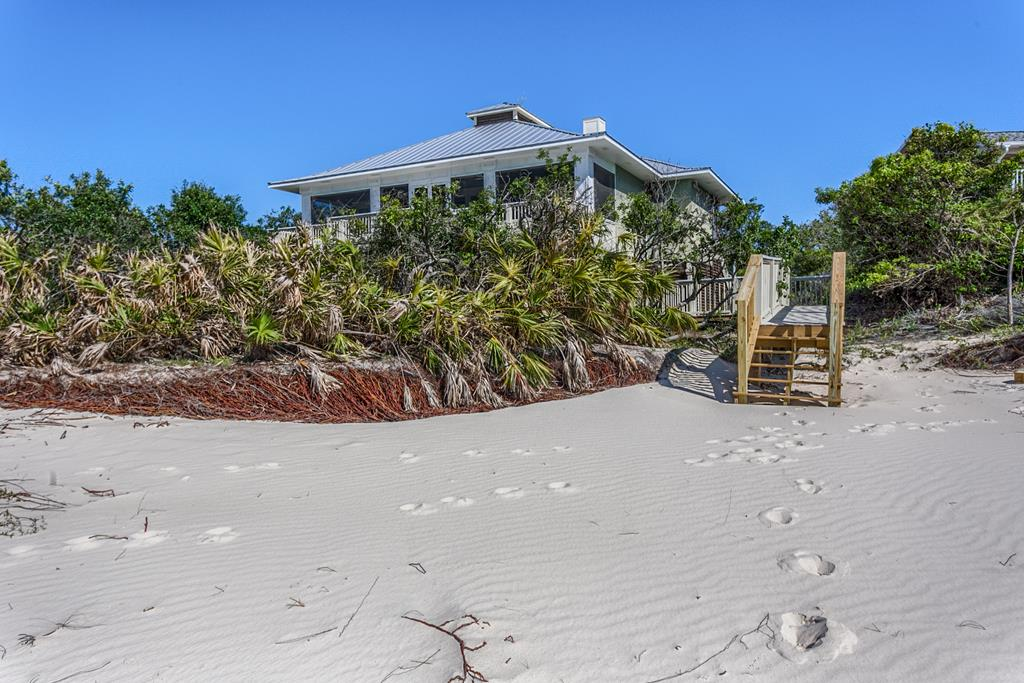 Beachside Exterior with Access