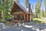 Cabin in Tahoe city with 3 bedrooms walk to the beach in Lake Tahoe