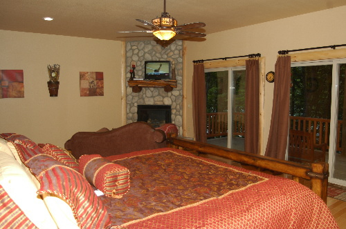 #2 Master bedroom with firplace
