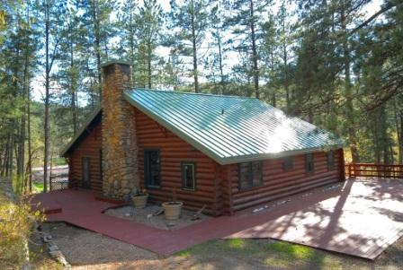 Summer in Keystone near Mt Rushmore in this historic cabin