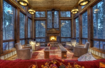 Great room at this Black Hills cabin