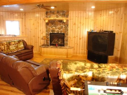 Family with fireplace.big screen, foosball, game table, bar