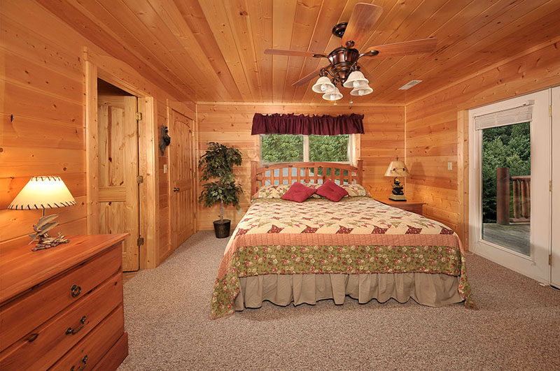 Puttin 39 On The Ritz 4 Bedrooms Vacation Cabin Rental