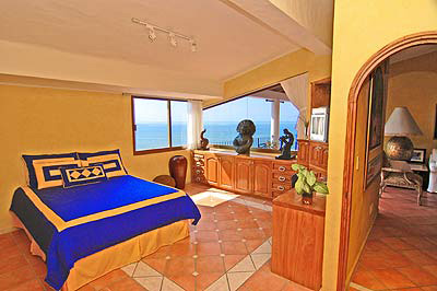 The 2nd Bedroom Is Spacious Also With Ocean View.