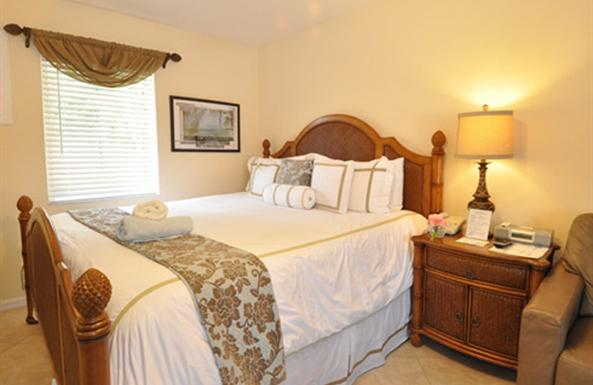 Pillowtop beds with designer bedding