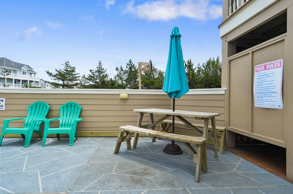 Poolside Picnic Table