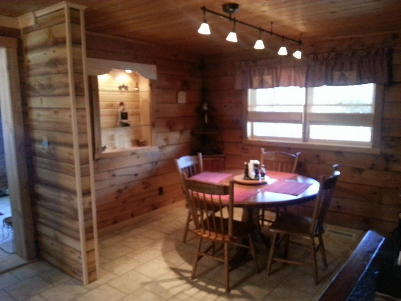 lake s creek cabin cabins maryland every offlake deep oakland crossing bear fr outdoorsman rentals vacation rental find