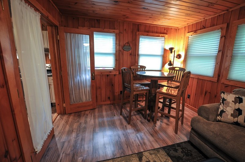 yards resorts s property the orion cabins hotels from conservation luxury creek in lake maryland bed home ha deal beach area cabin image deep on and rentals