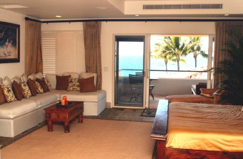 Ocean View Master Bedroom with Private Lanai