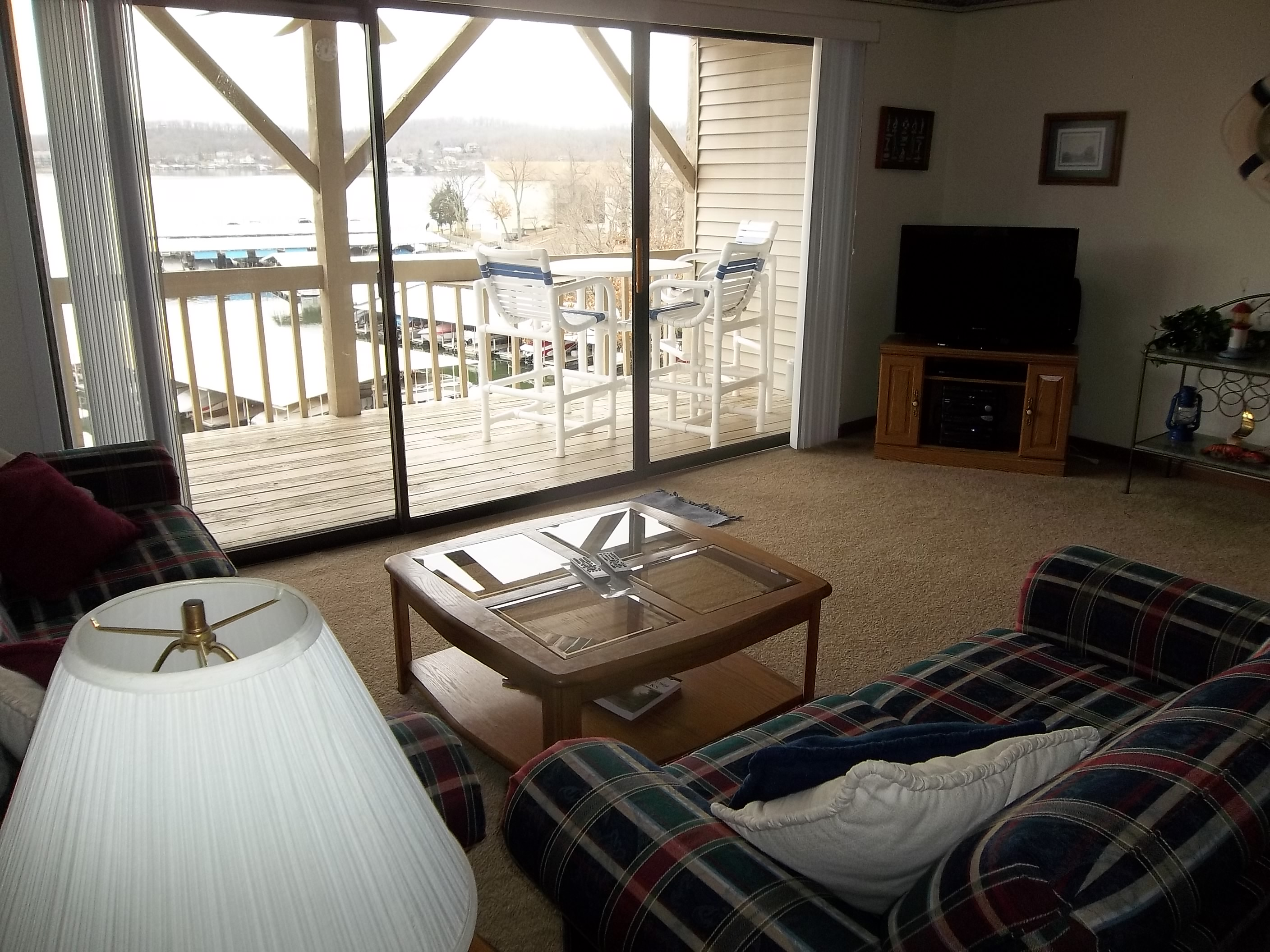 One bedroom one bath condo with gas grill at Robinwood