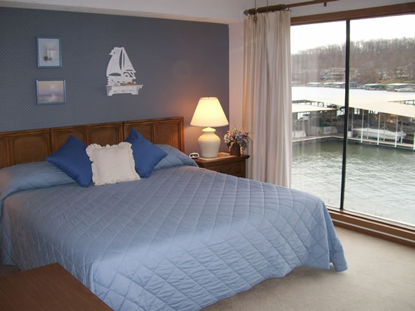 Condo 1 Place To Stay On Vacation 1 Bedroom 1 Full Bathroom Lake Of The Ozarks Missouri 26663