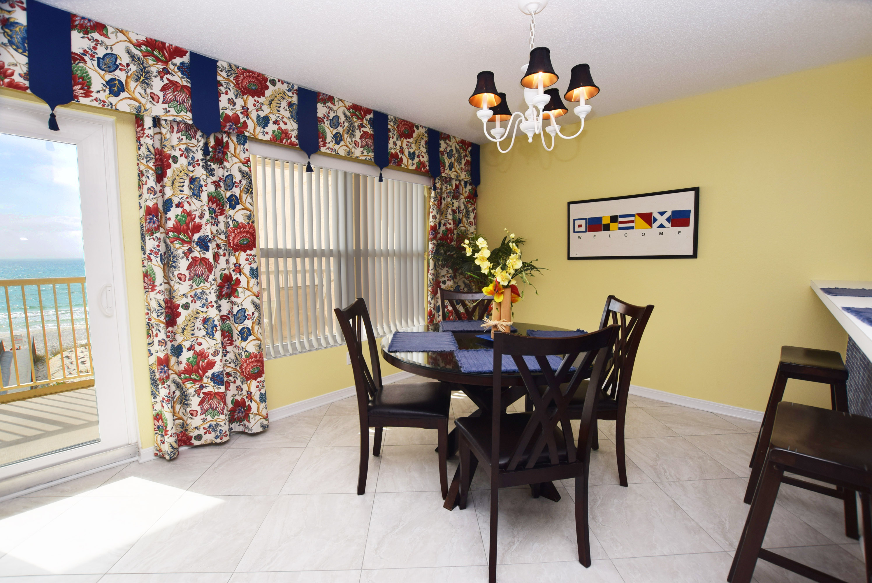 Dining Area - Islander Beach 4009 Fort Walton Beach Okaloosa Island Vacation Rentals