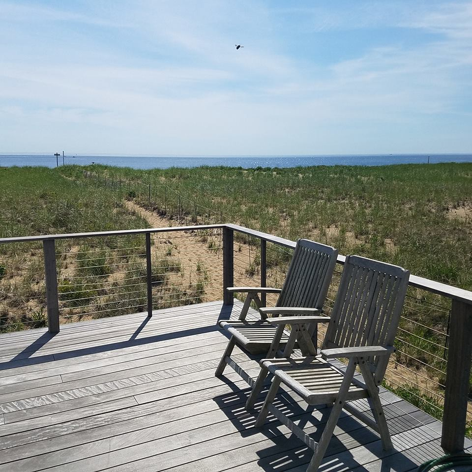 Plum Island Beach: #3 37th Street: Place To Stay On Vacation 3 Bedroom 2 Full