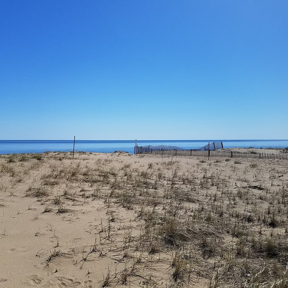 Plum Island Beach: #9 43rd Street: Place To Stay On Vacation 4 Bedroom 2 Full
