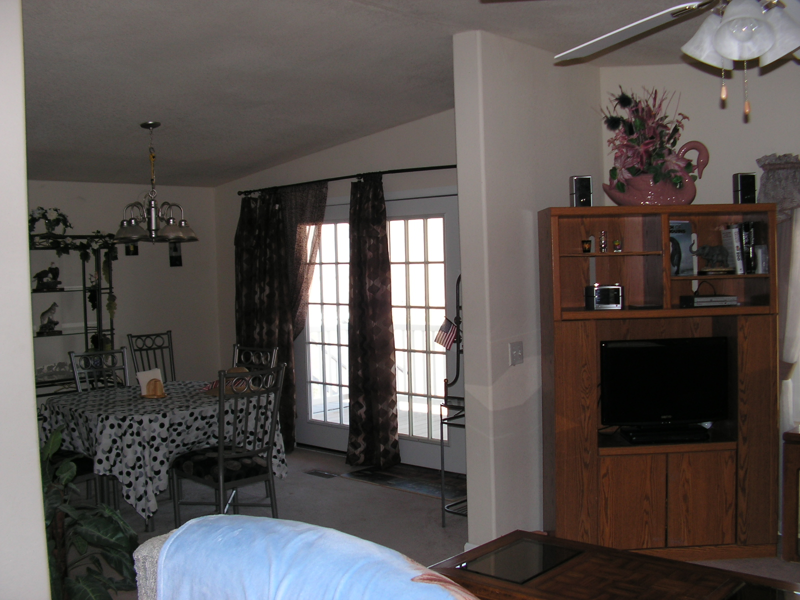Family Room with 27 in. Flat Screen