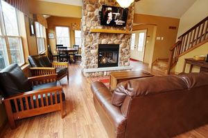 Living Room with firepalce and TV over it - Beaver Creek cabins pa