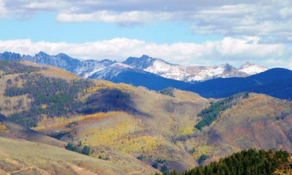 Beaver Creek mountain view luxury vacation rental with 4 bedrooms