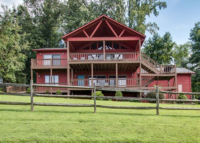 Center Hill Lake vacation home for rent