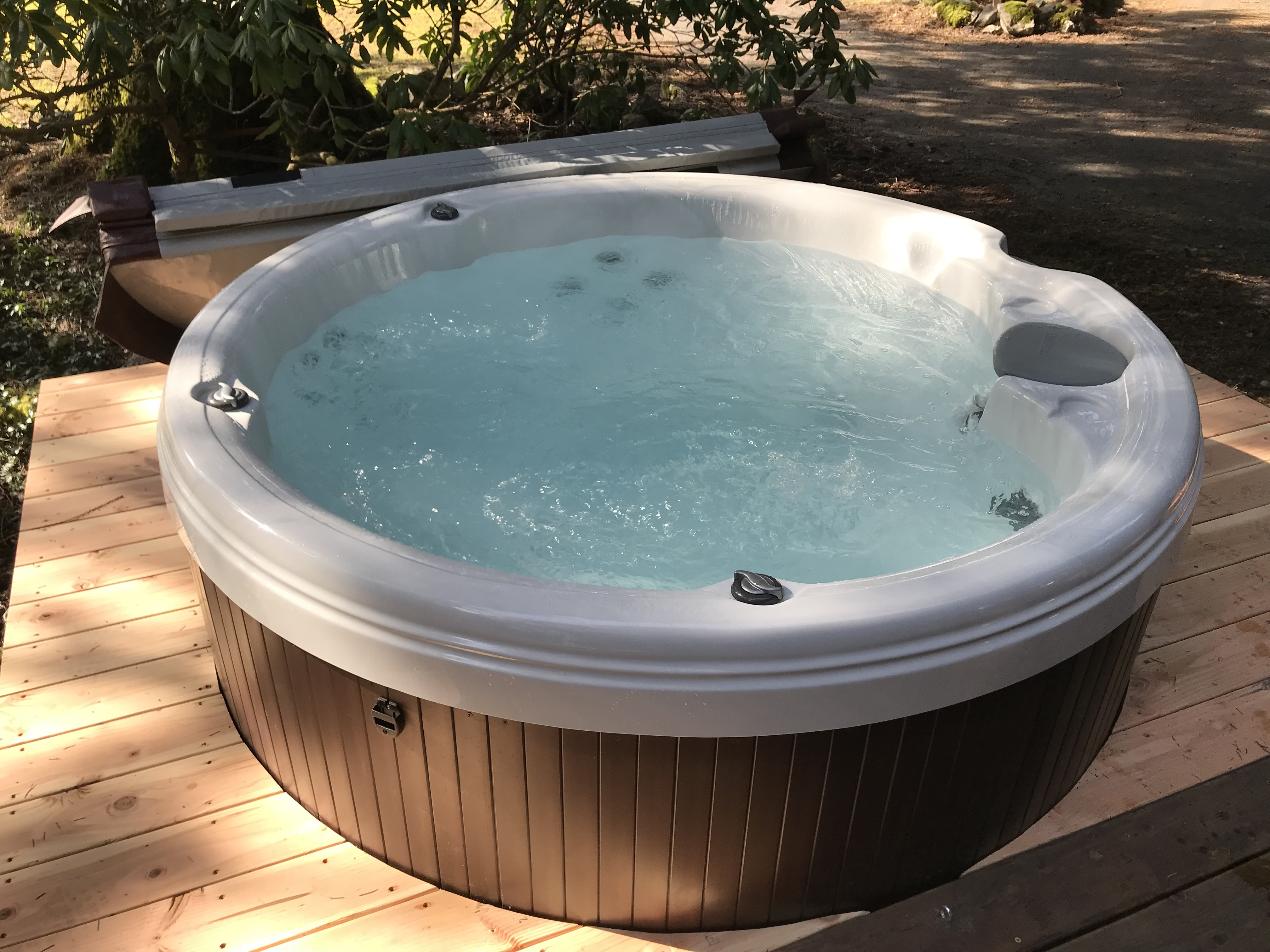 Your private hot tub!