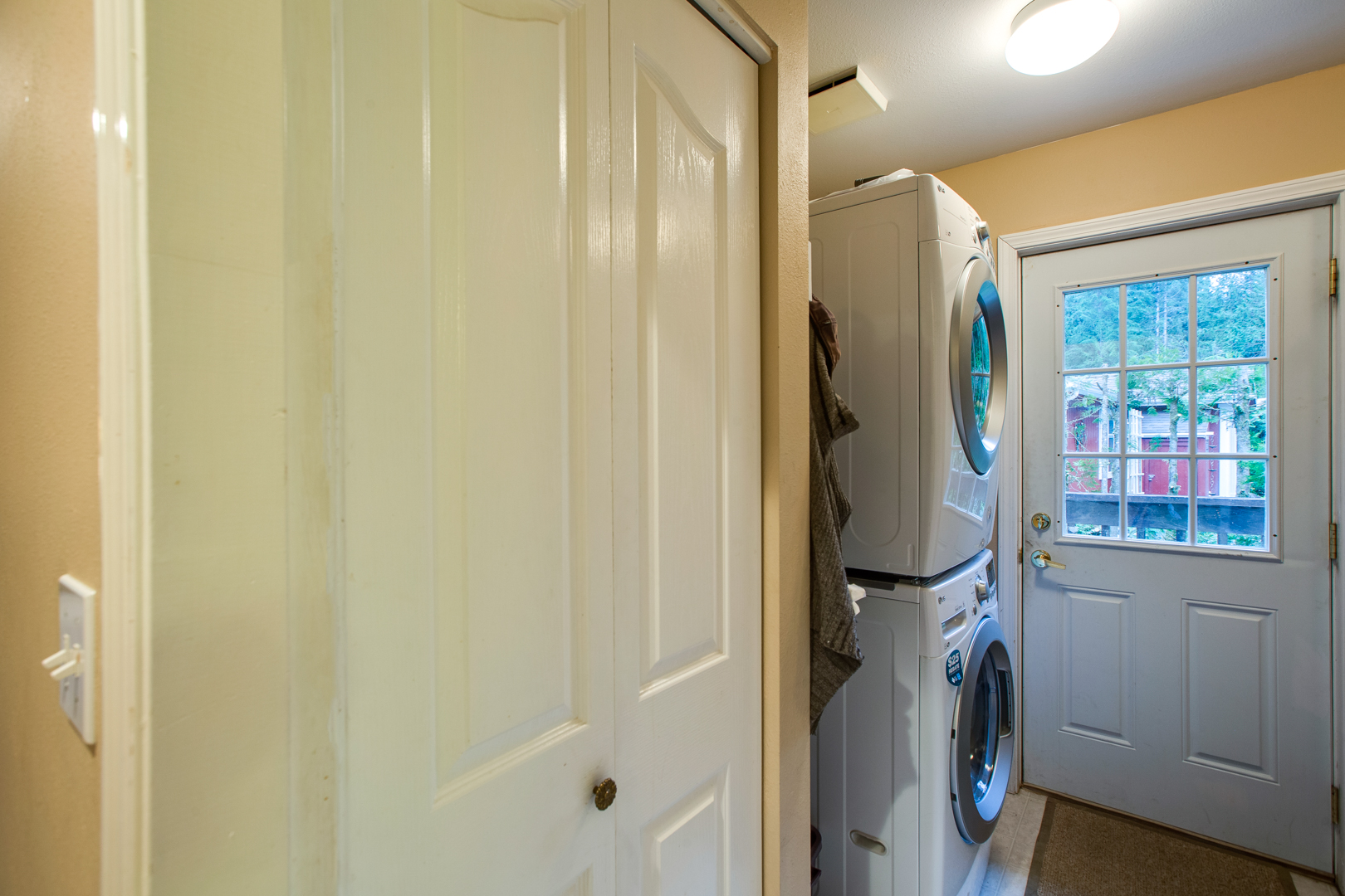 Inside entry with laundry area