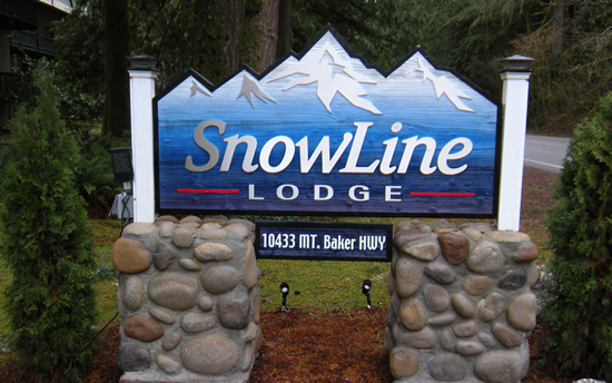 Entrance sign for SnowLine Lodge