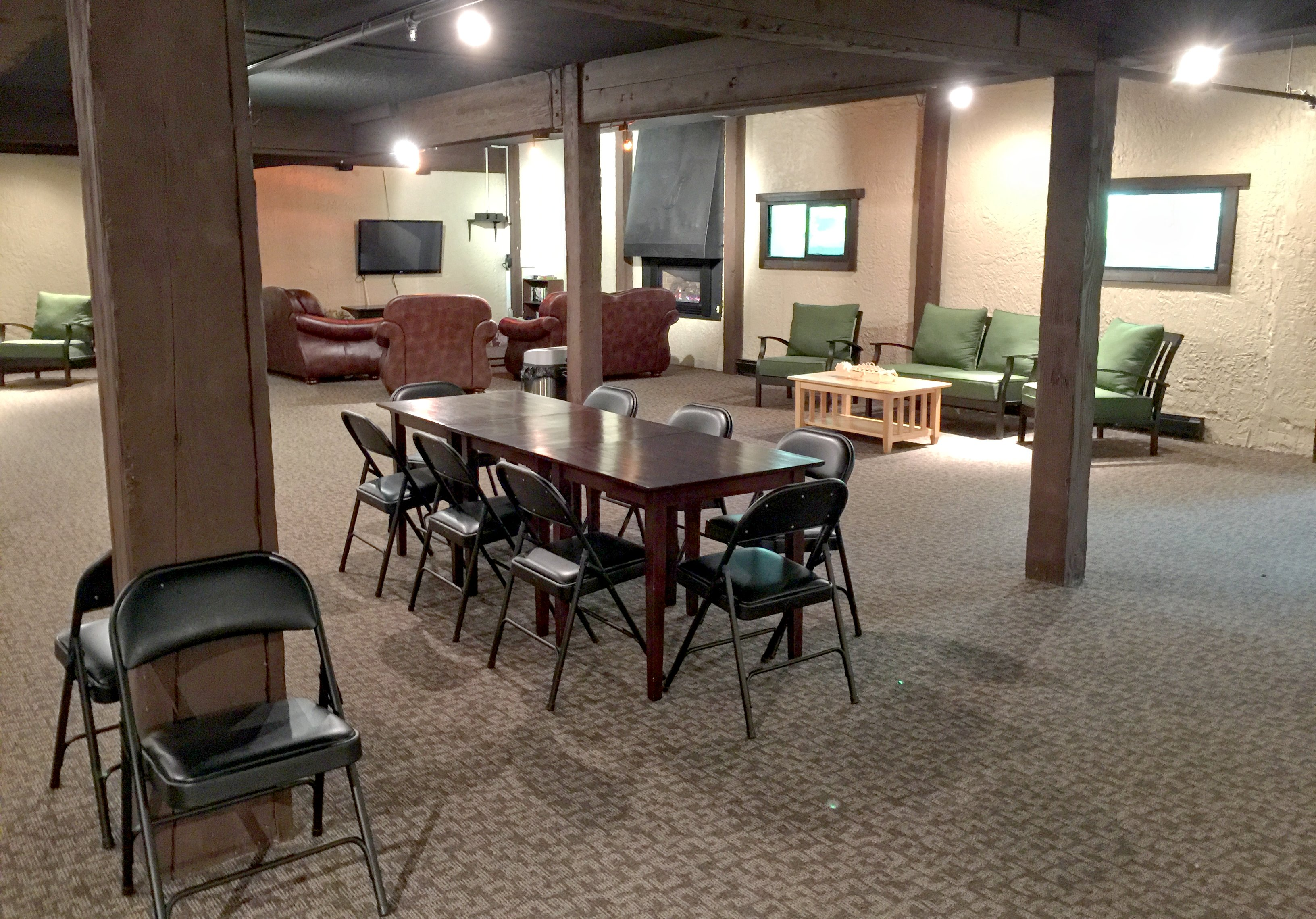 Snowline Lodge Recreation Area in lower level of building