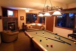 Harbor Chalet - Whidbey Island Washington - Living area with Pool Table -Whidbey Retreats
