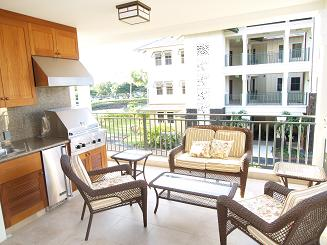 Lanai With Stainless Steel Grill and Wet Bar