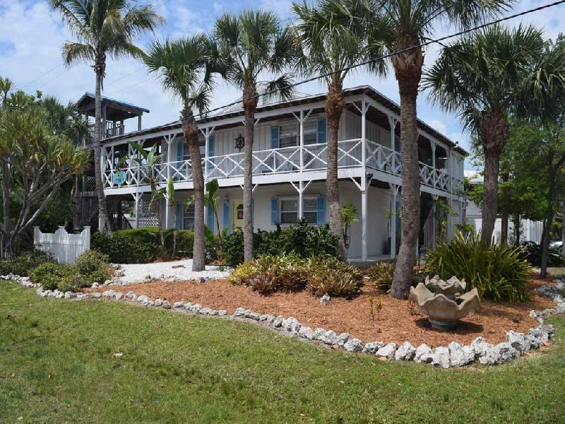Family Reunion on Anna Maria Island sleeps 26 in 4 seperate units