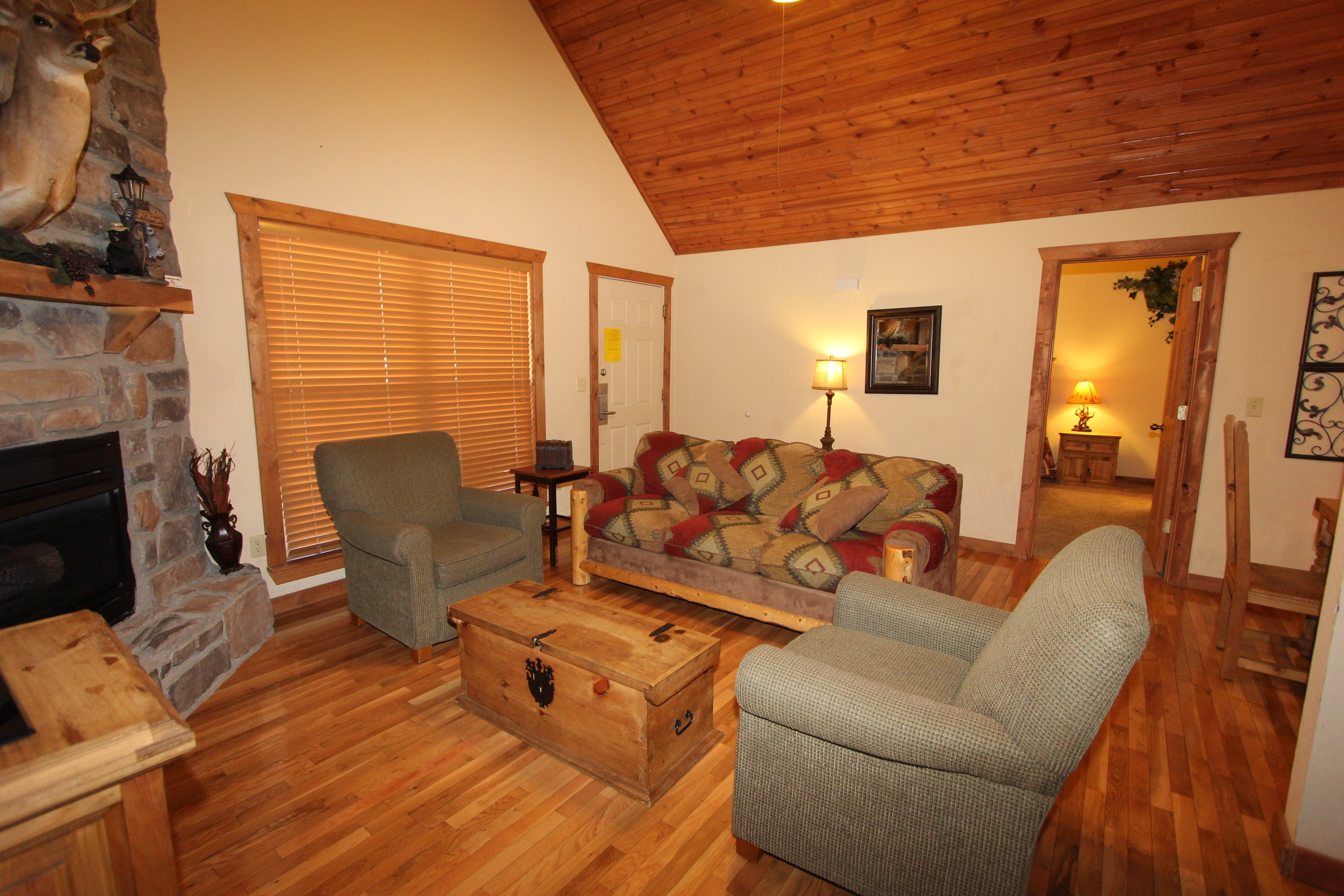 home cabins in branson s vacation mo cabin rental creek cody log little
