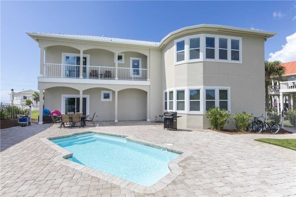Santa Rosa Beach Vacation Home with Pool and 5 bedrooms sleeps 15 comfortably