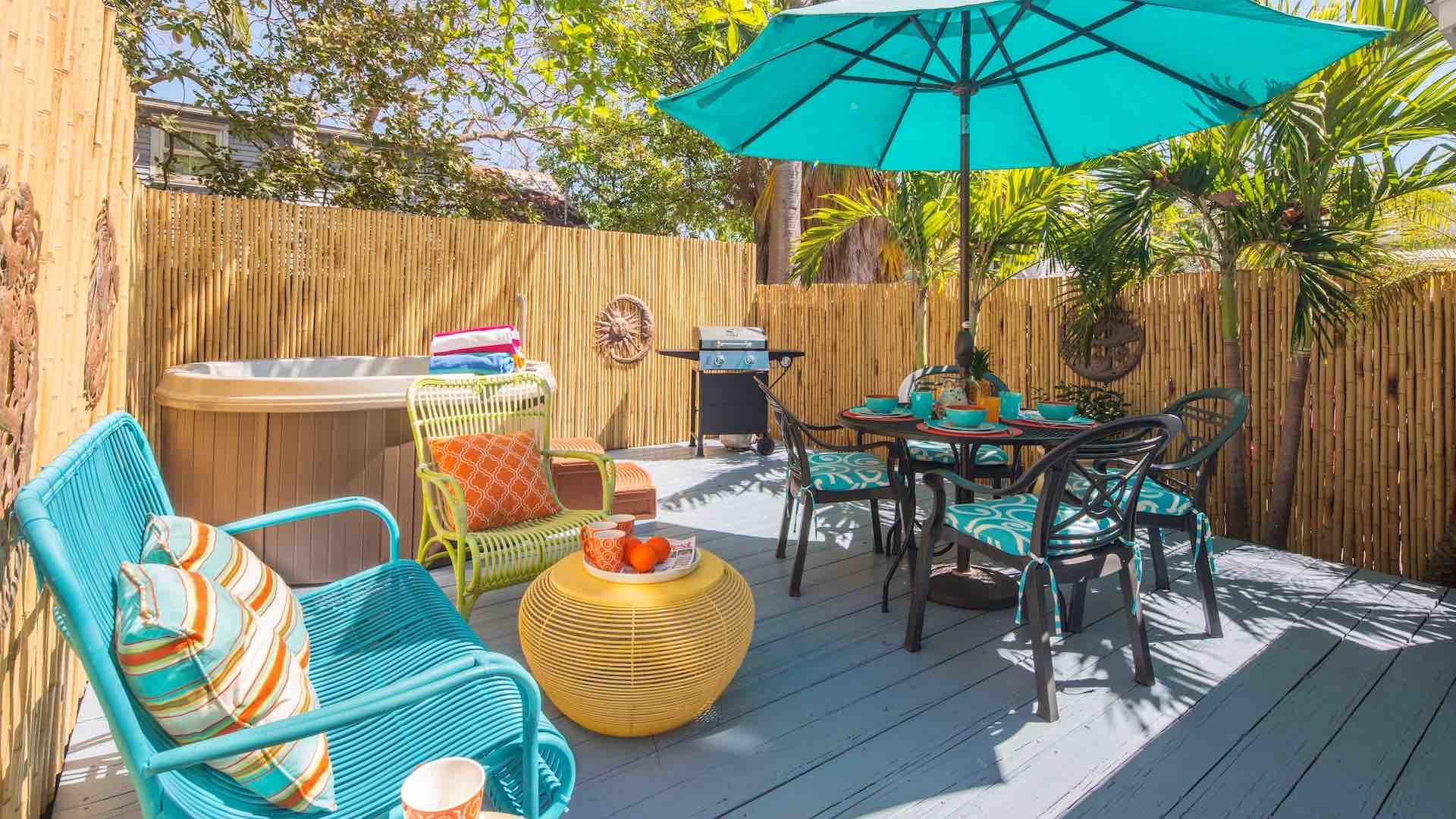 The porch area is completely privated and also has a propane BBQ grill...
