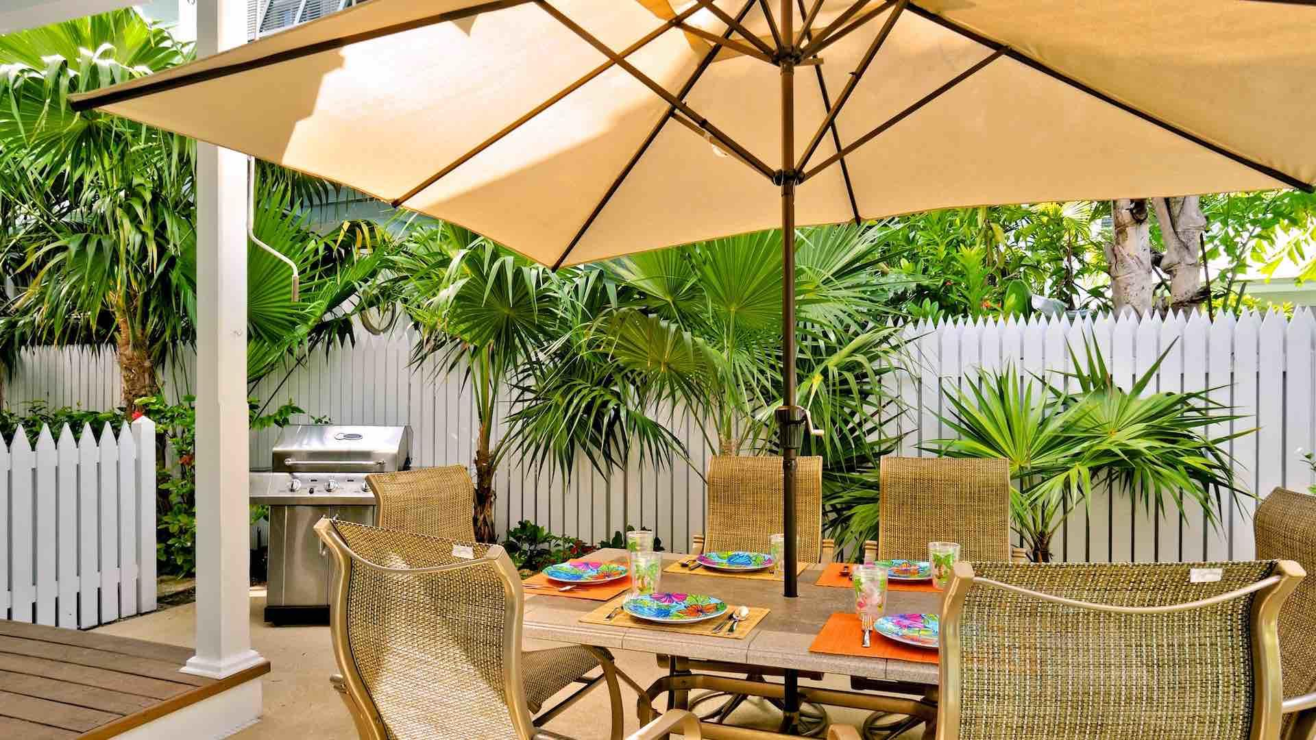 You can dine under the stars at the outdoor dining set for six persons...