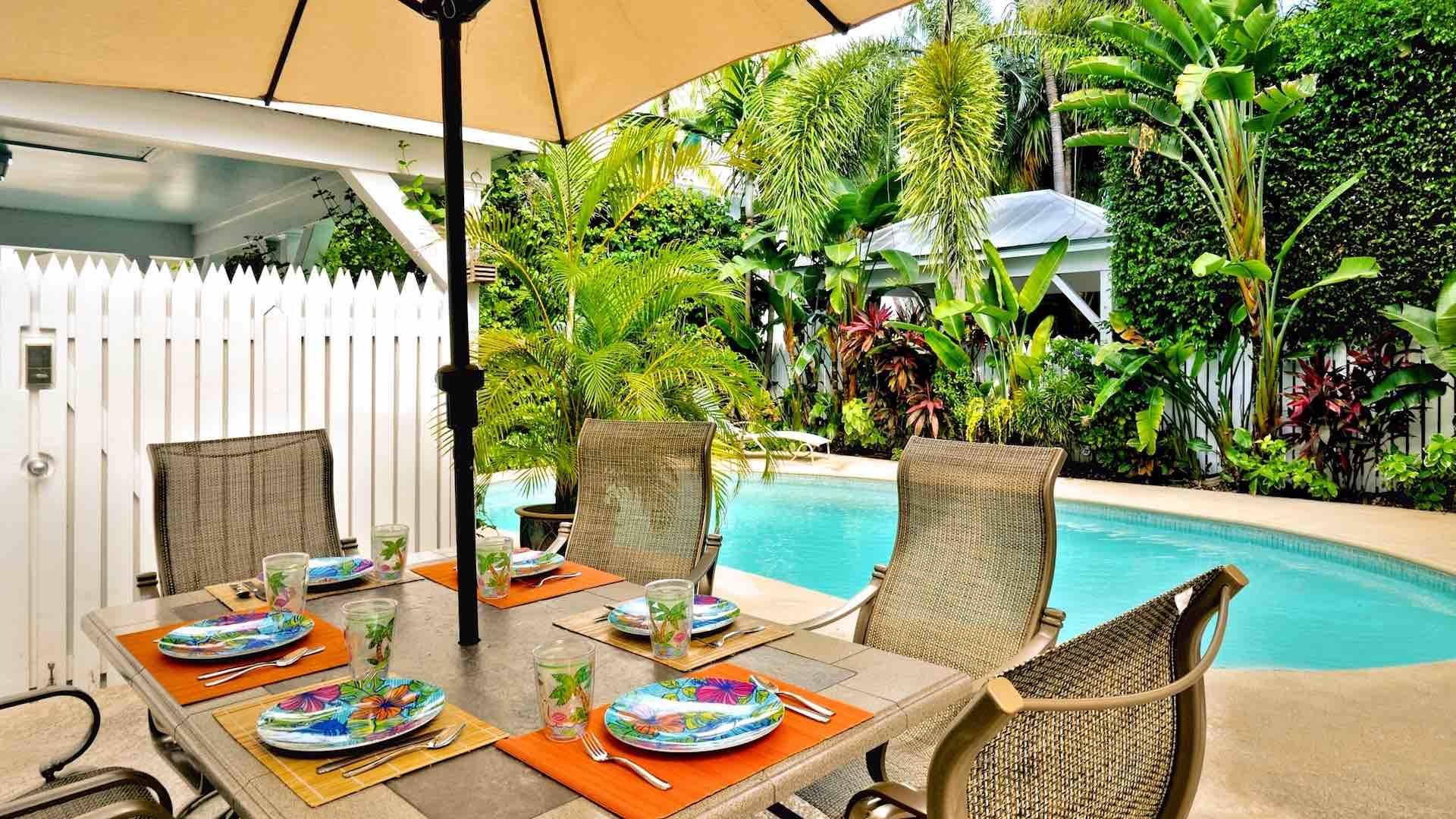 Key West 3 bedroom vacation home with pool located in Truman Annex rents weekly