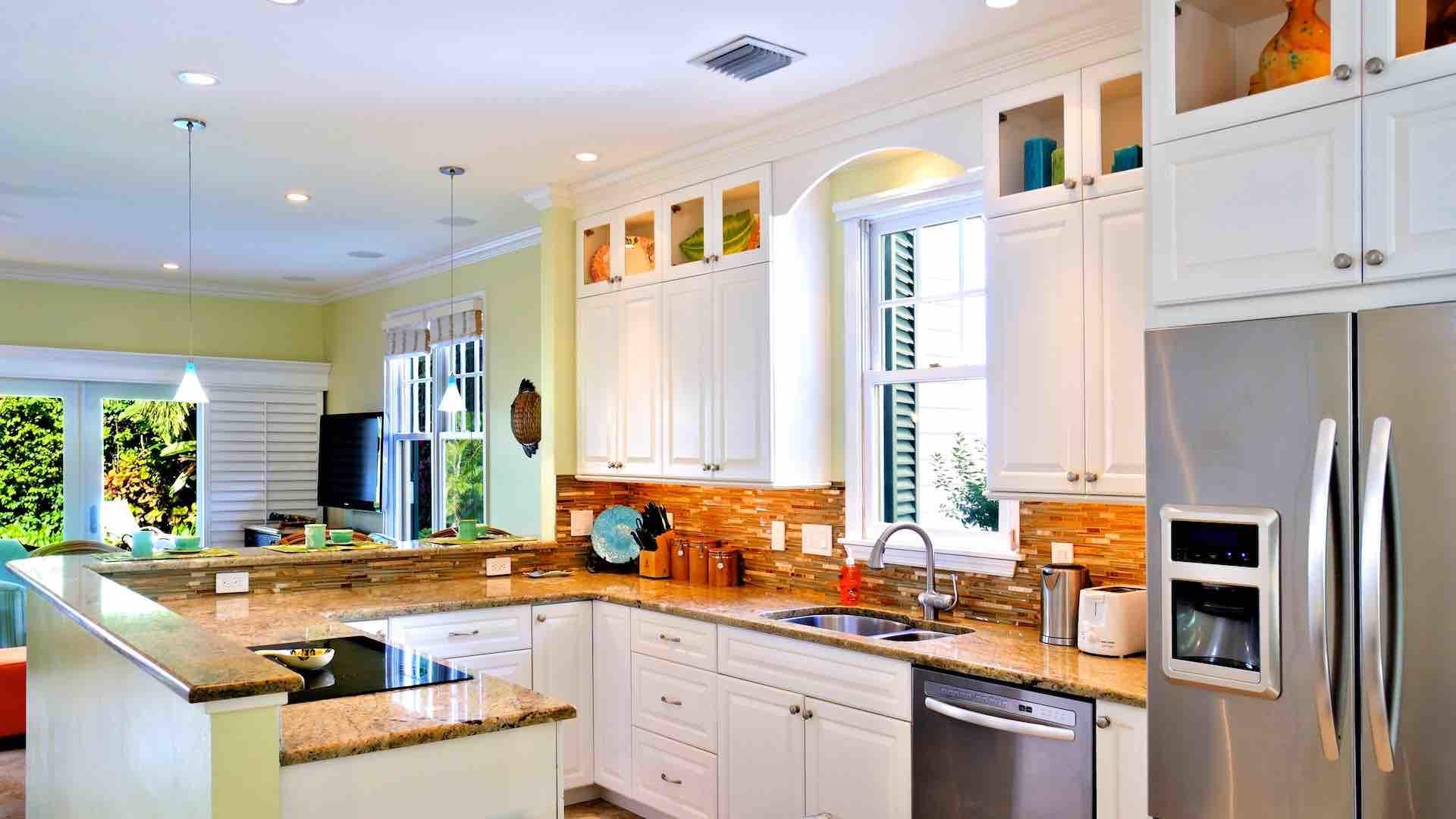 You will not want for anything in this kitchen. Missing something? Just Call us!
