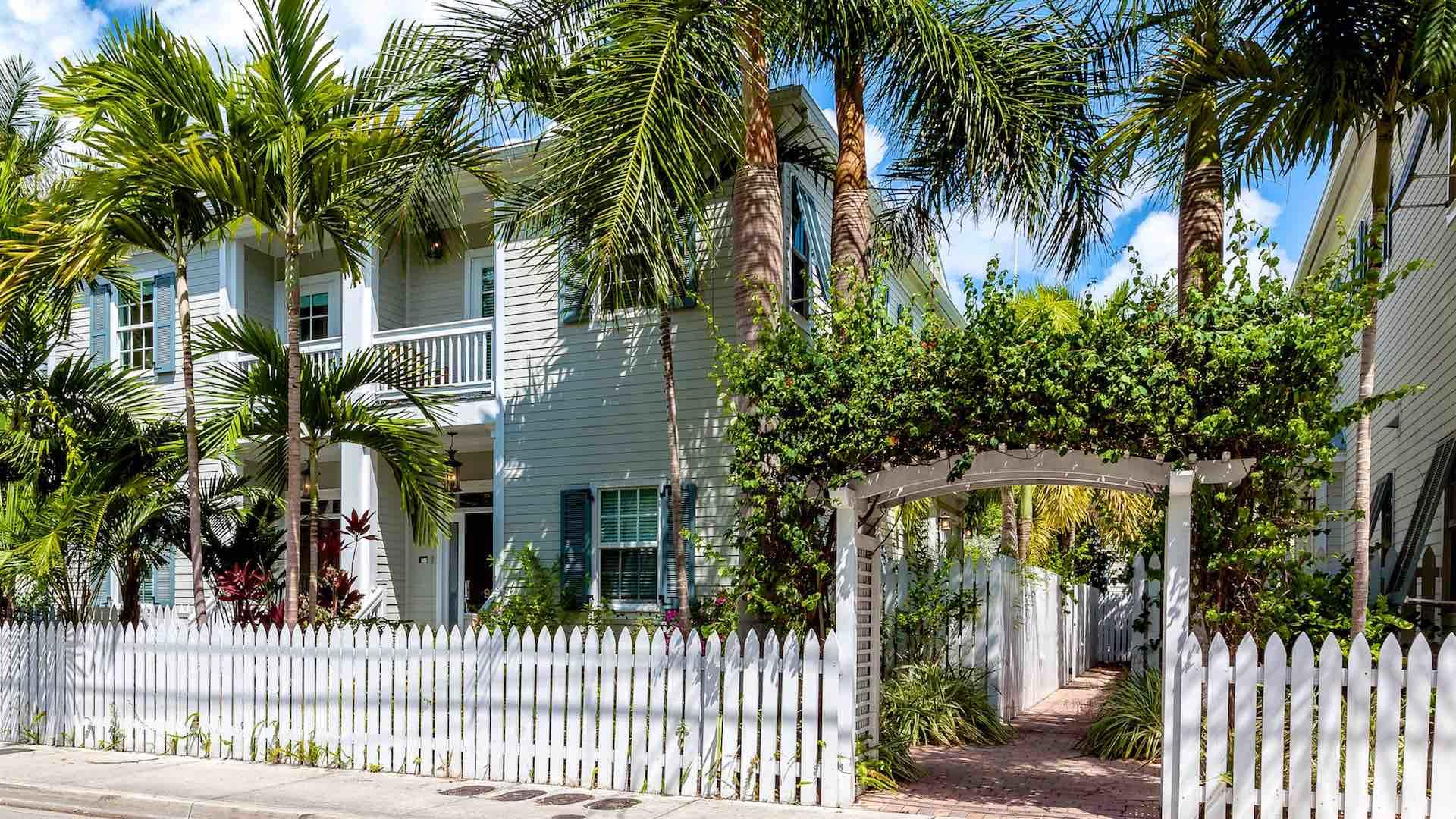 The Ibis & The Crane is located on a quiet residential street in Old Town, Key West...