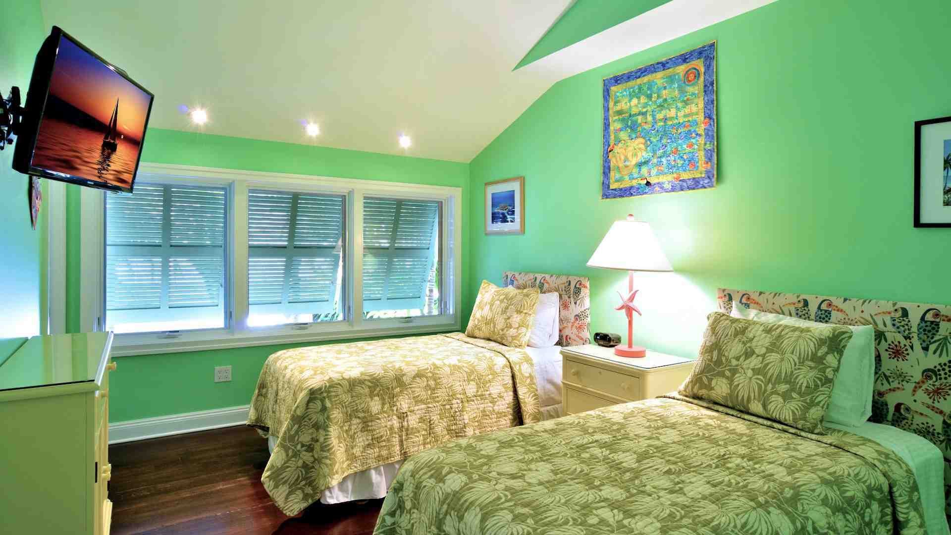 The second bedroom has two twin beds that will convert to a King upon request...