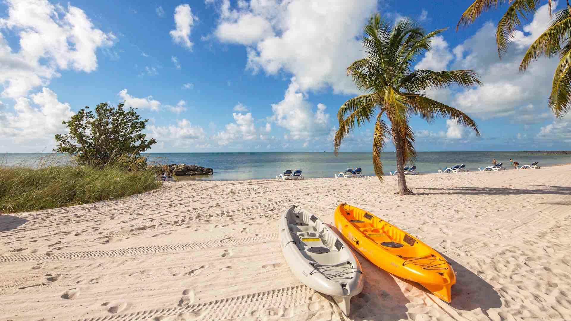 Watersport rentals are available on Smathers beach